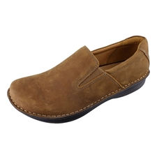 Alegria Mens Oz Caf� leather casusal comfort stain resistant loafer