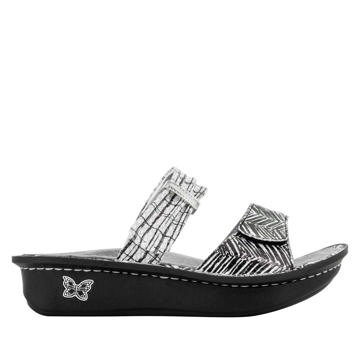 a98988f33 Karmen Unity Black   White - Alegria Shoes