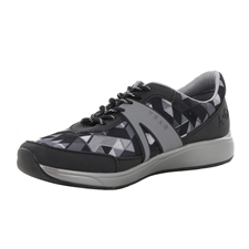 Traq Qarma Right Angle Grey Shoe