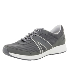 Traq Qarma Grey shoe