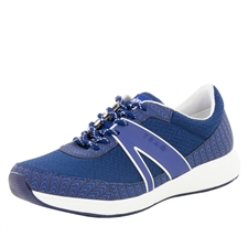 Traq Qarma Paths Navy shoe