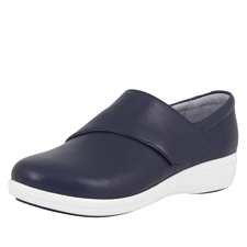 Traq Qin Navy Butter Shoe