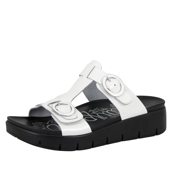 Alegria Vita White Patent comfort sandals for women